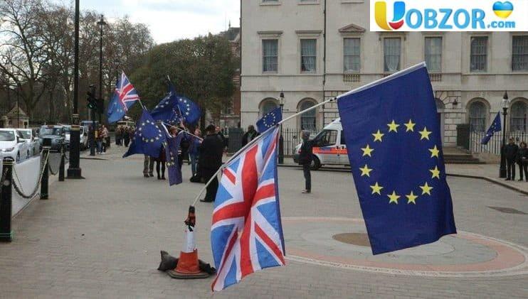 Угода по Brexit затримає Великобританію в Митному союзі ЄС