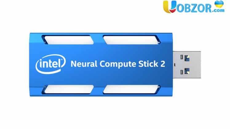 """Intel показала ІІ-прискорювач у вигляді """"флешки"""""""