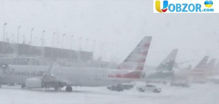 Снігові бурі паралізували транспортну систему США