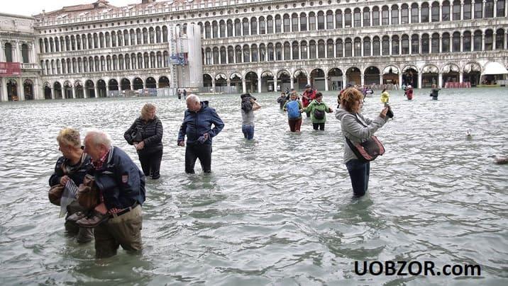 Италию до сих пор не покидают ливни и шторм