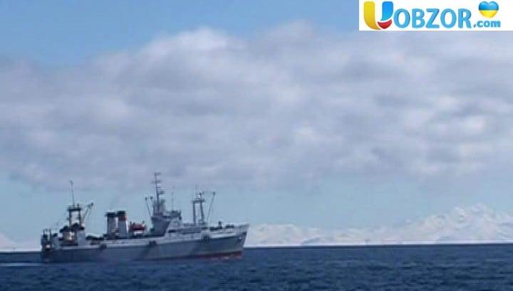 Рибальські траулери Японії і Південної Кореї зіткнулися в Японському морі