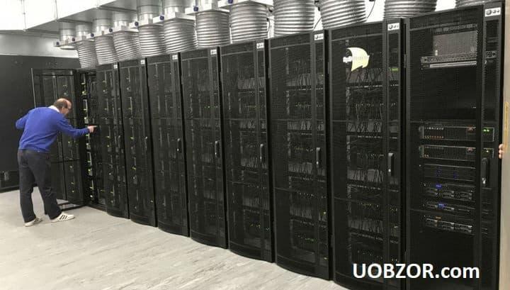 Розпочав роботу найбільший в світі суперкомп'ютер, що імітує пристрій мозку