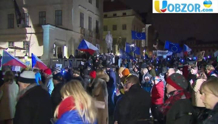 У Чехії мітингувальники вимагають відставки уряду на чолі з Бабішем