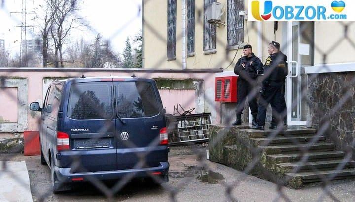 Затриманих українських моряків переводять до Москви