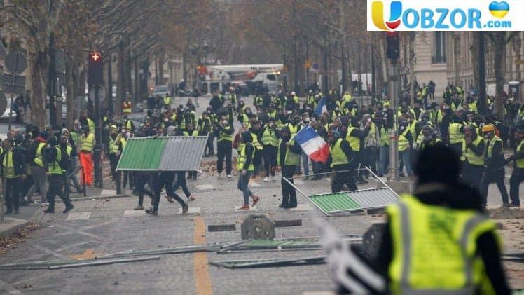 """""""Жовті жилети"""" планують провести третю хвилю паливних протестів у Франції"""