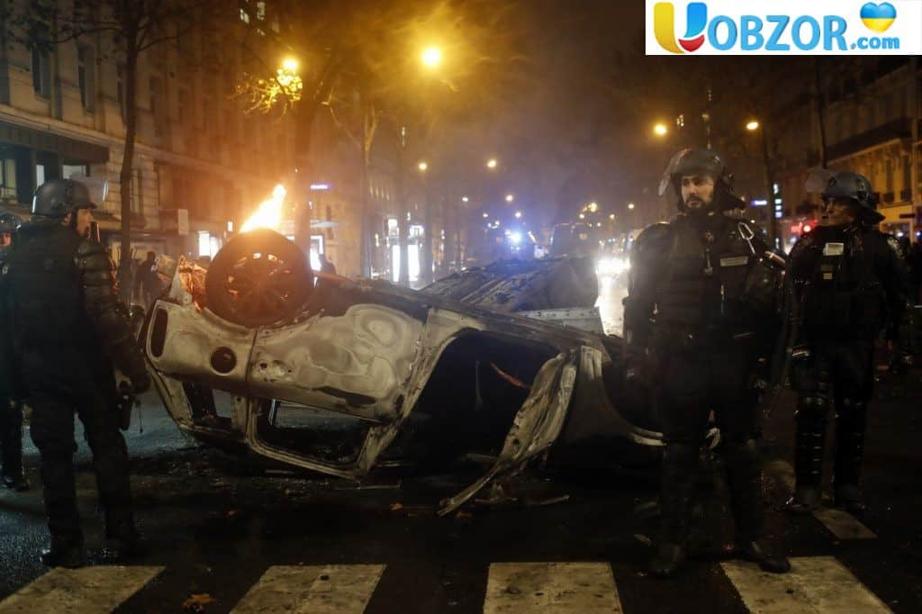 «Жовті жилети» у Франції: десятки поранених, понад 200 затриманих