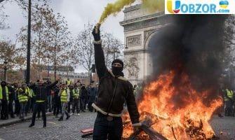 Розгром символів Франції. Парижським вандалам пред'явлені звинувачення