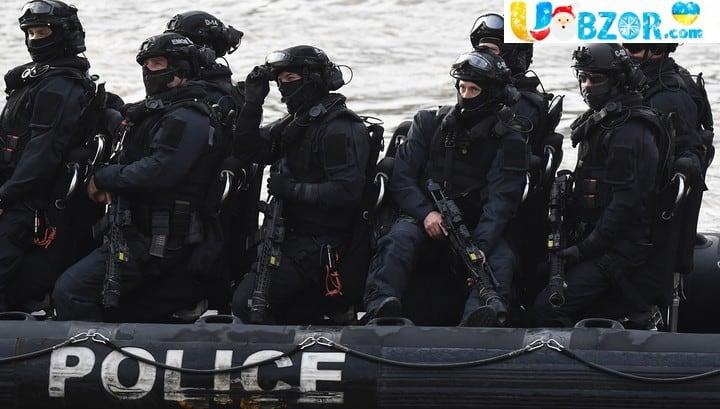 У Великобританії мігранти захопили судно