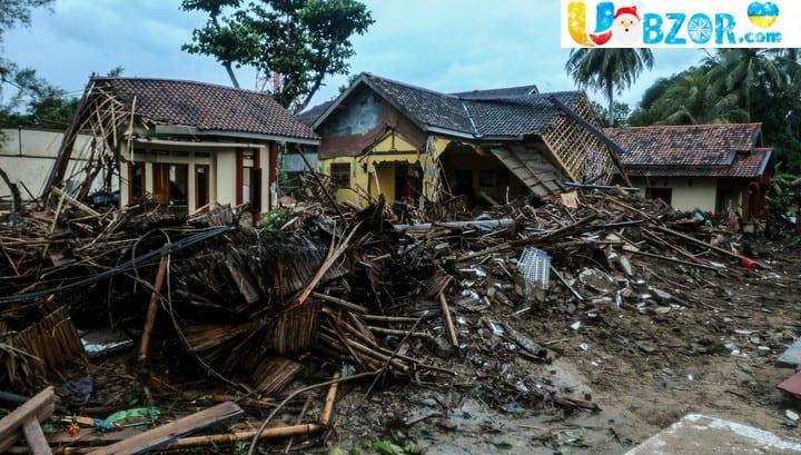 Цунамі в Індонезії. Загинуло 373 особи, 1459 постраждалих