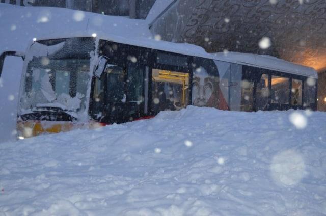 У Швейцарії на готель Säntis обрушилася лавина