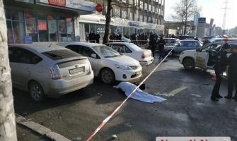 В Миколаєві біля будівлі суду розстріляли двох чоловік