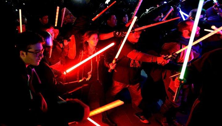 Бої на світових мечах - офіційний вид спорту у Франції