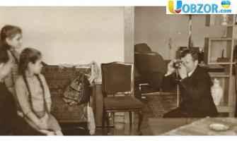 У Франції на аукціоні продадуть ручку і фотокартки Юрія Гагаріна
