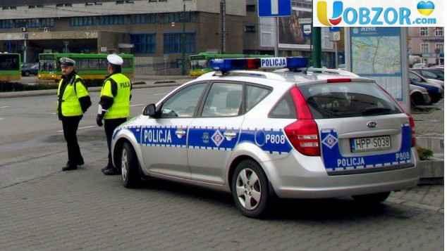 В Польщі автомобіль збив групу п'яних пішоходів - українців