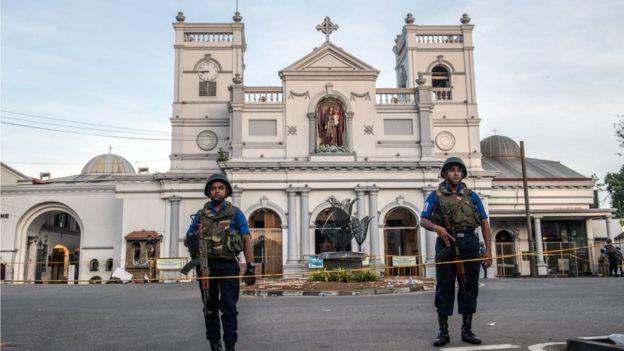 Кількість загиблих на Шрі-Ланці перевищила 300 осіб