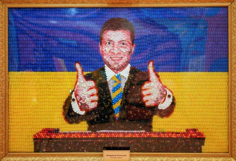 Портрет Зеленського з цукерок Roshen зробили в Петербурзі