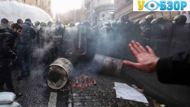 Акція протесту в Грузії: люди вимагають проведення дострокових виборів