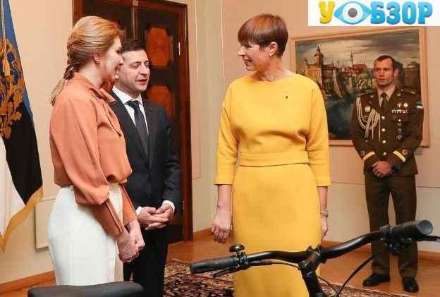В Естонії Володимиру Зеленському подарували велосипед