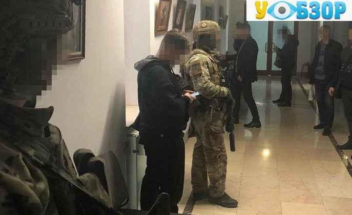 Вкрали під час реконструкції аеропорту в Одесі понад 11 млн грн.
