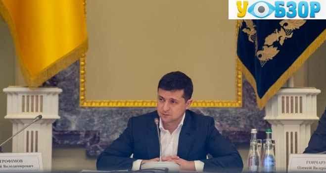 Зеленський вирішив звільнити голів Львівської і Закарпатської ОДА